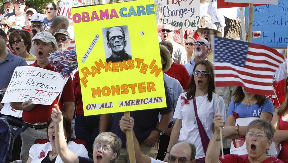 Protesters against Barack Obama's health care plan in Grand Junction, Colorado at the weekend.