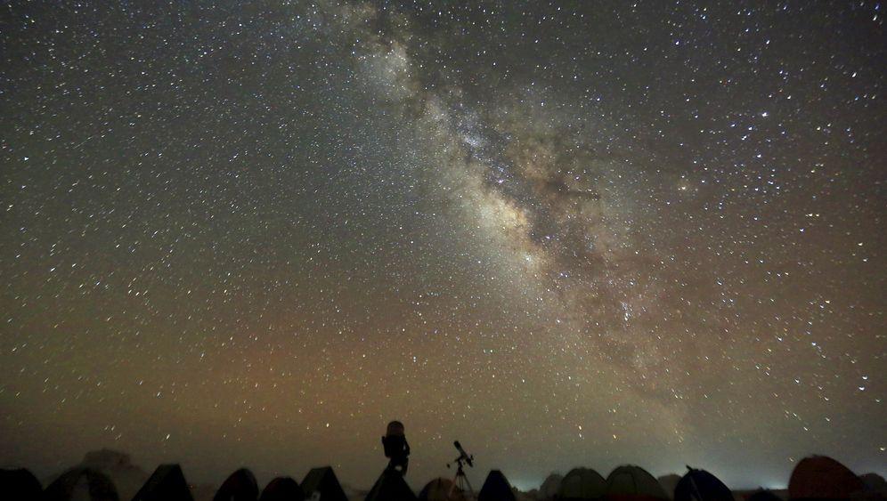 Kartiert: 100.000 Rote Riesen aus der Milchstraße