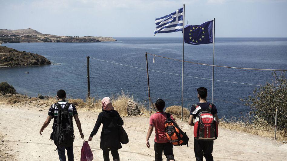 """Syrische Flüchtlinge auf Lesbos: Lasten auf Ländern, die """"zufällig die Außengrenze der EU bilden"""""""