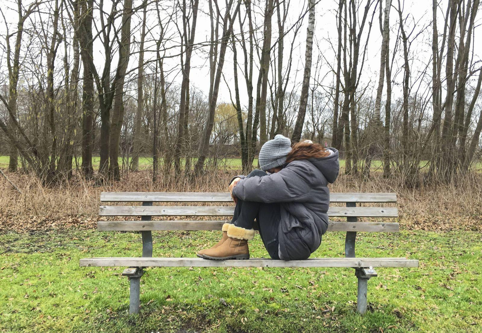 EINMALIGE VERWENDUNG Mädchen/ Depressionen