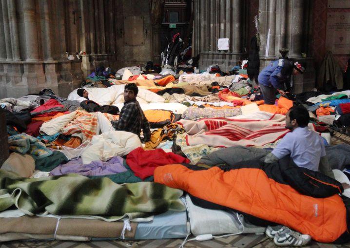 A mattress camp in the Votive Church in Vienna.
