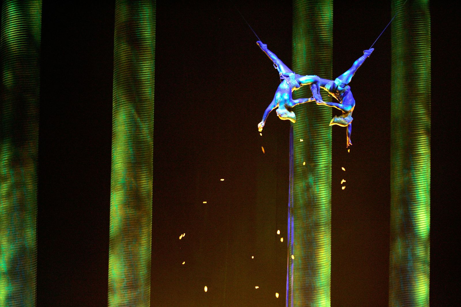 Sarah Guyard-Guillot, Sami Tiaumassi Cirque du Soleil