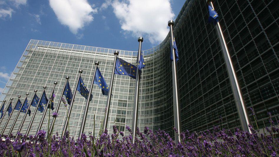 Sitz der EU-Kommission in Brüssel: Steuervorbescheide werden nur unter den Staaten ausgetauscht