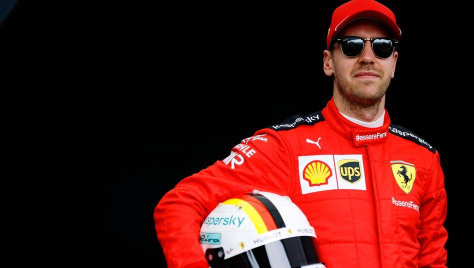 Sebastian Vettel fährt noch ein halbes Jahr in Rot