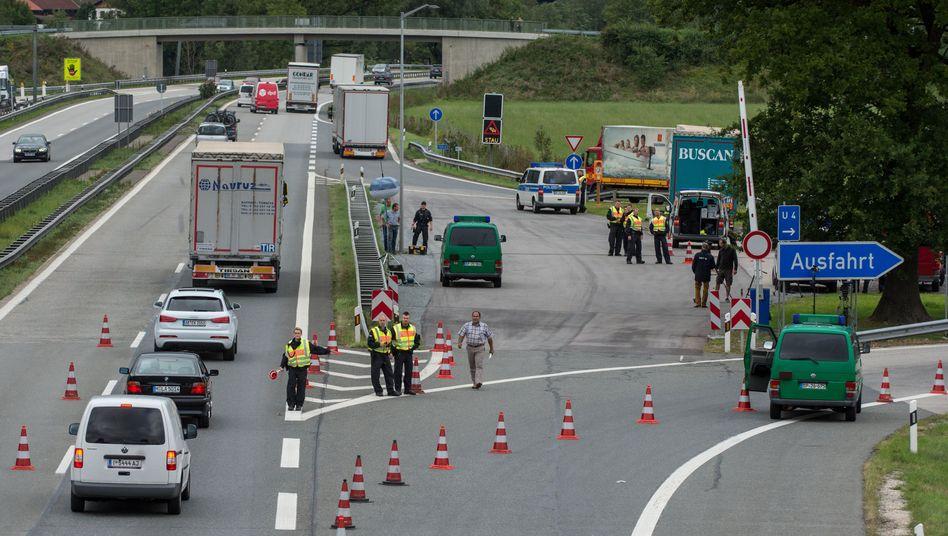 Kontrollen im Schengenraum: Griechenland soll Grenzüberwachung verbessern