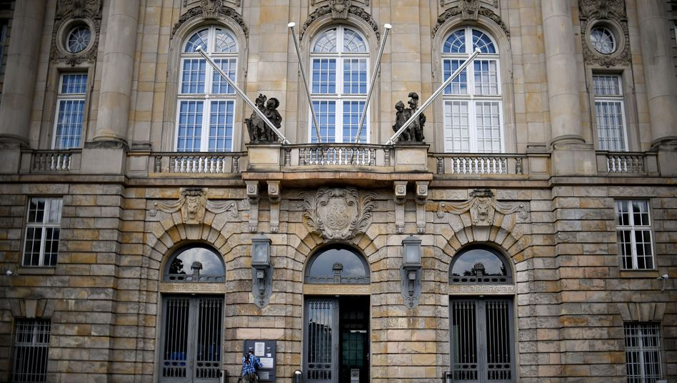 Gesetz gegen Hasskriminalität: Richterbund fordert Hunderte neue Richter und Staatsanwälte