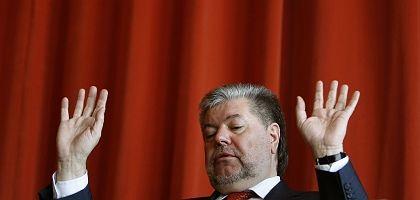 Kurt Beck resigned as leader of Germany's Social Democrats on Sunday.
