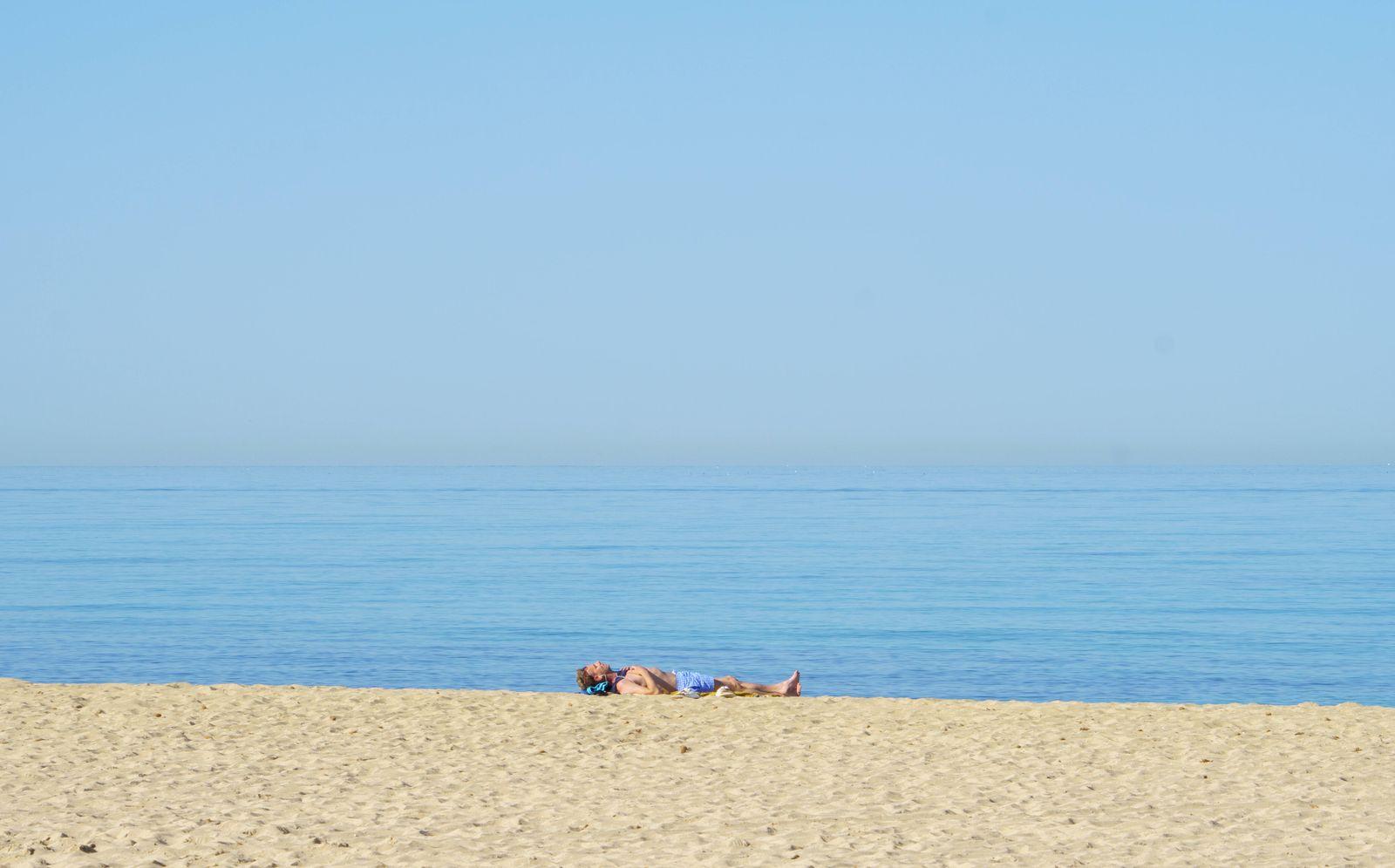 Playa de Palma auf Mallorca im zweiten Jahr der Corona-Pandemie Frühsommer 2021 -;Playa de Palma auf Mallorca im zweite