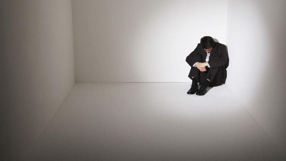 Einsam in der Ecke: Selbst leichte psychische Leiden gefährden die körperliche Gesundheit