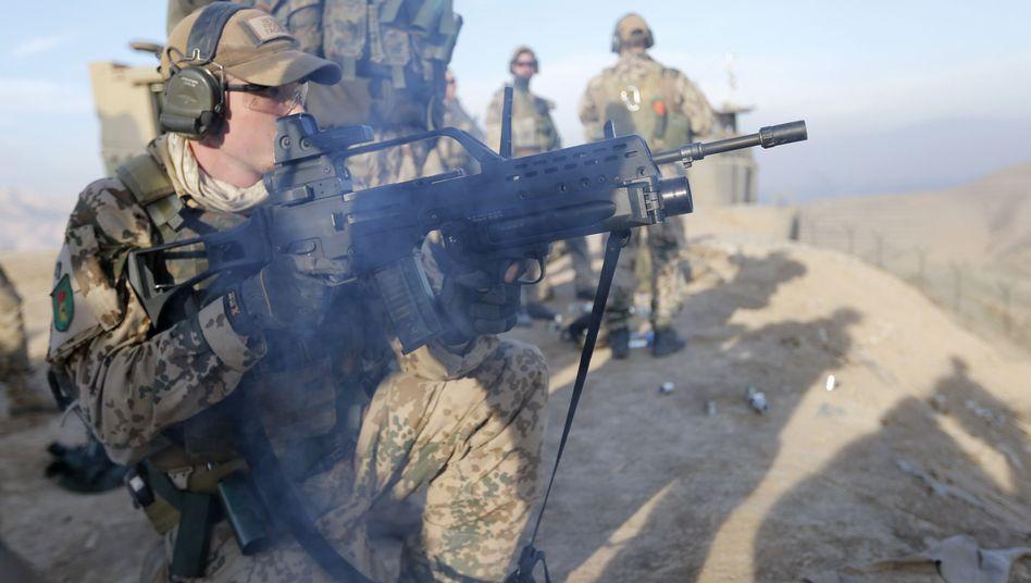 Soldat mit G36-Gewehr: Wachsende Zweifel an der Treffsicherheit