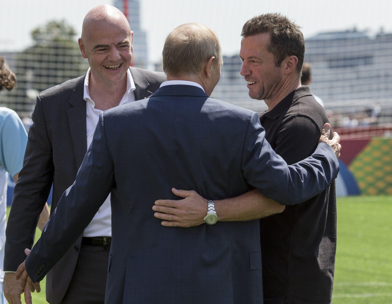 Putin, Infantino, Matthäus