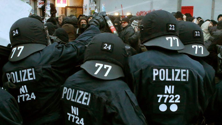Ausschreitungen im Schanzenviertel in Hamburg am 21. Dezember: Eskalation der Gewalt