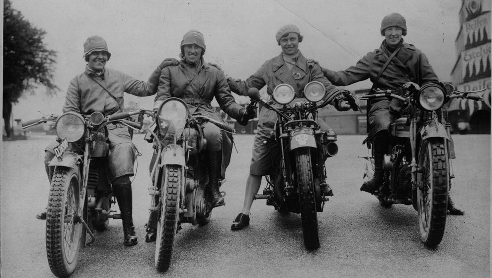 """Die Motorrad-Schwestern: Kein Interesse an """"Puppen und Nadelarbeit"""""""