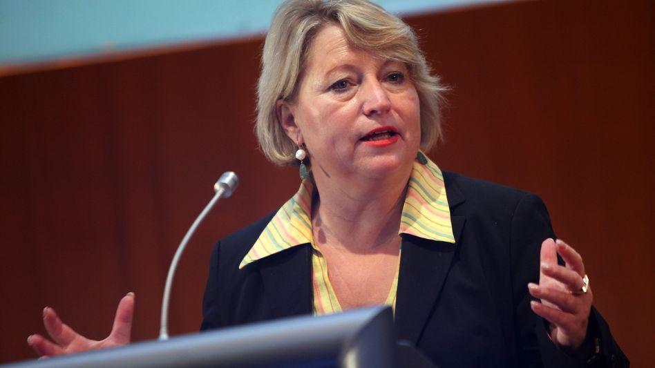 "Staatsministerin Pieper: ""Doppelte Rolle rückwärts in alte Zeiten"""