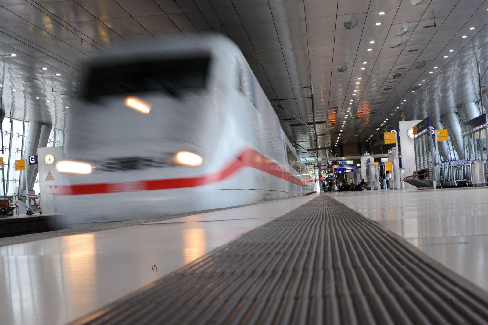 10 Jahre ICE-Bahnhof am Frankfurter Flughafen