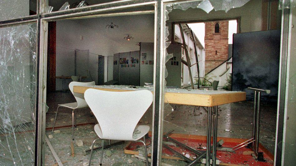 Anschlag auf Wehrmachtsausstellung 1999: Neue Ermittlungsgruppe eingerichtet
