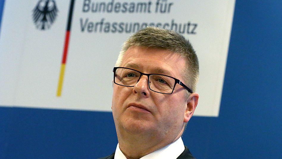 """Thomas Haldenwang: Verfassungsschutz hat Desinformationskampagnen """"genau im Blick"""""""