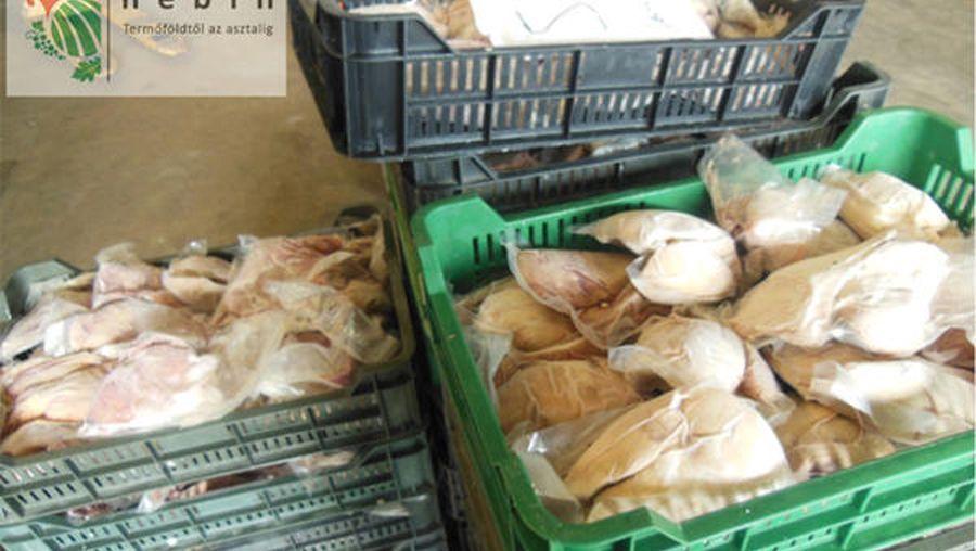Entenfleisch in Ungarn, das als Gänseleber verkauft werden soll (Archivbild)