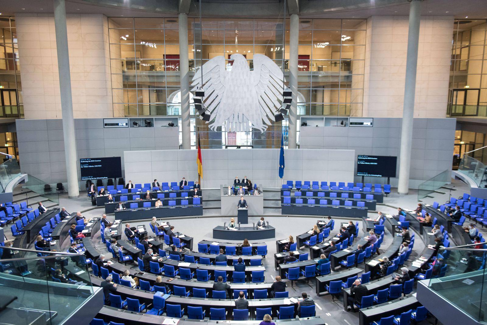 Berlin, Plenarsitzung im Bundestag Der Plenarsaal während der Sitzung des deutschen Bundestags am 29.01.2021. Berlin Bu