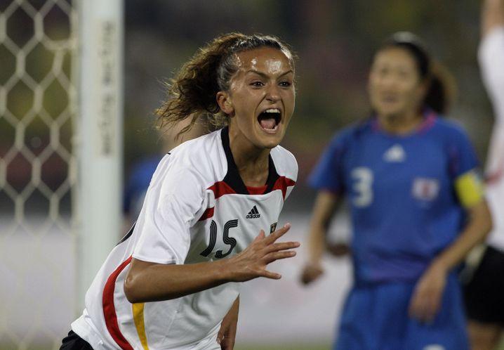 Von 2005 bis 2015 erzielte Alushi in 79 Einsätzen für Deutschland 18 Tore