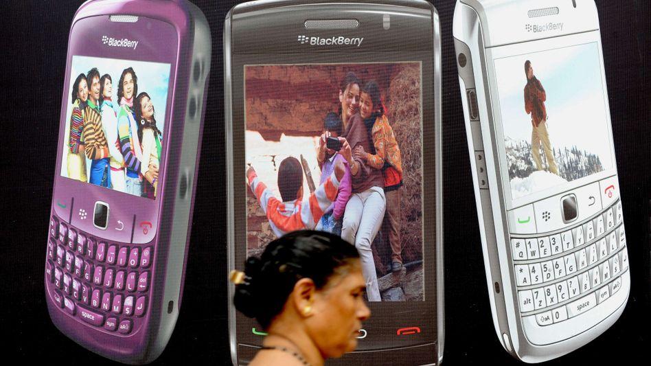 Blackberry-Werbung in Mumbai (2010): Der Hersteller wehrt sich gegen Schnüffel-Vorwürfe