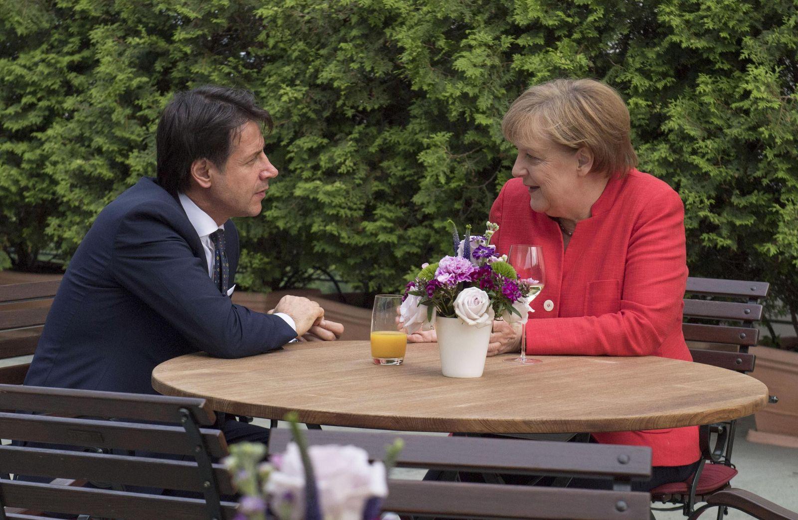 EINMALIGE VERWENDUNG Merkel/ Conte/ Brüssel Eu Gipfel