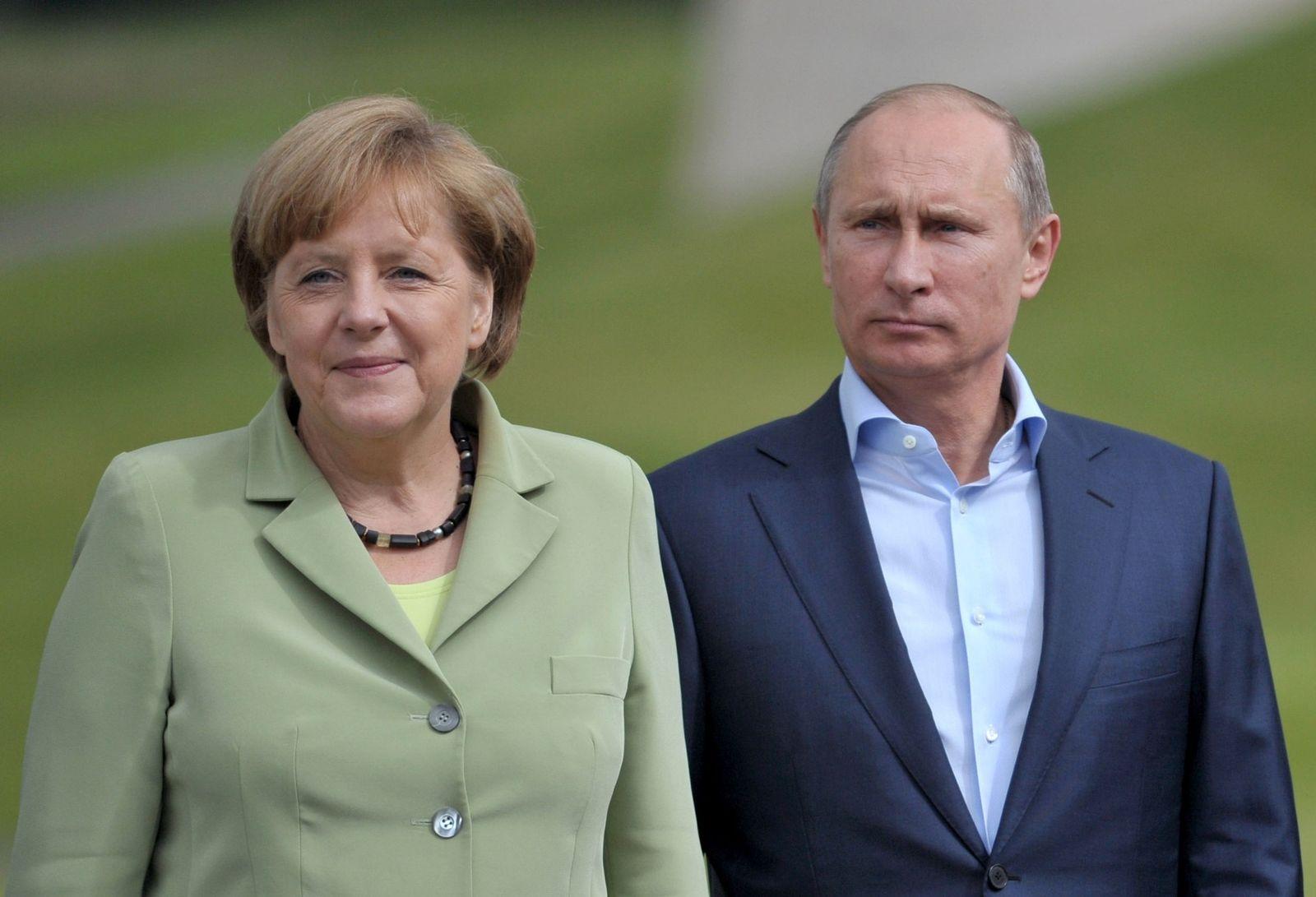 Wladimir Putin, Angela Merkel