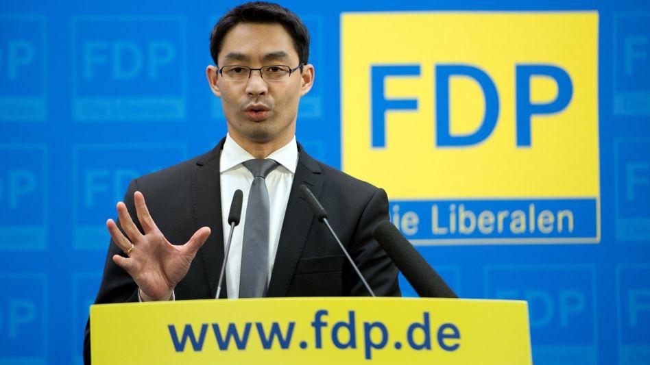 NPD-Verbotsantrag: Rösler weist Kritik an FDP-Linie zurück