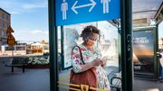 """Wie Frauen in der Coronakrise zu """"Stoßdämpfern"""" werden"""
