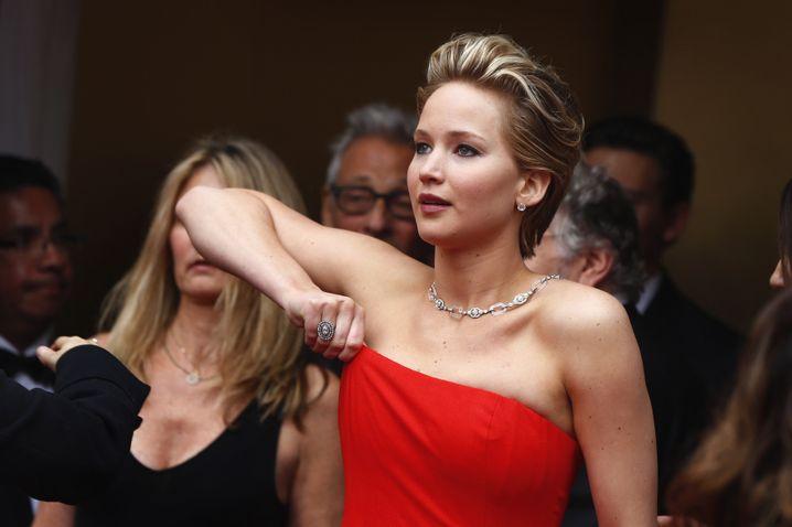 Sitzt alles? Jennifer Lawrence stolperte erneut - aber nicht vor der Kamera