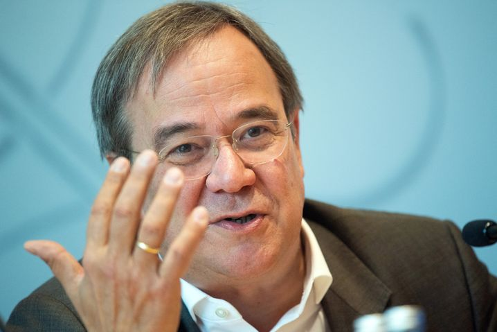 North Rhine-Westphalia Governor Armin Laschet is ready to throw his hat into the ring this time around. When the CDU last had to choose a leader, he backed out of the race. Thirty percent of Germans see him as a good chancellor candidate.