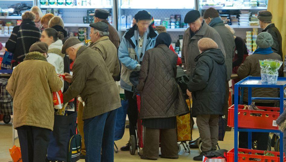 Lebensmittelstelle der Tafel: Ruhrgebiet bleibt Problemzone Nummer eins
