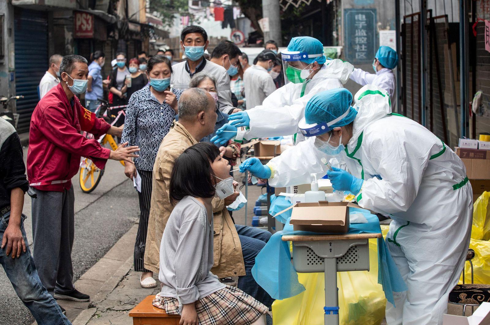 Coronavirus / Massentest / Wuhan