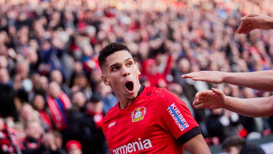 Zwei Tore, eine Vorlage: Leverkusens Paulinho feierte ein überragendes Startelf-Debüt in der Bundesliga