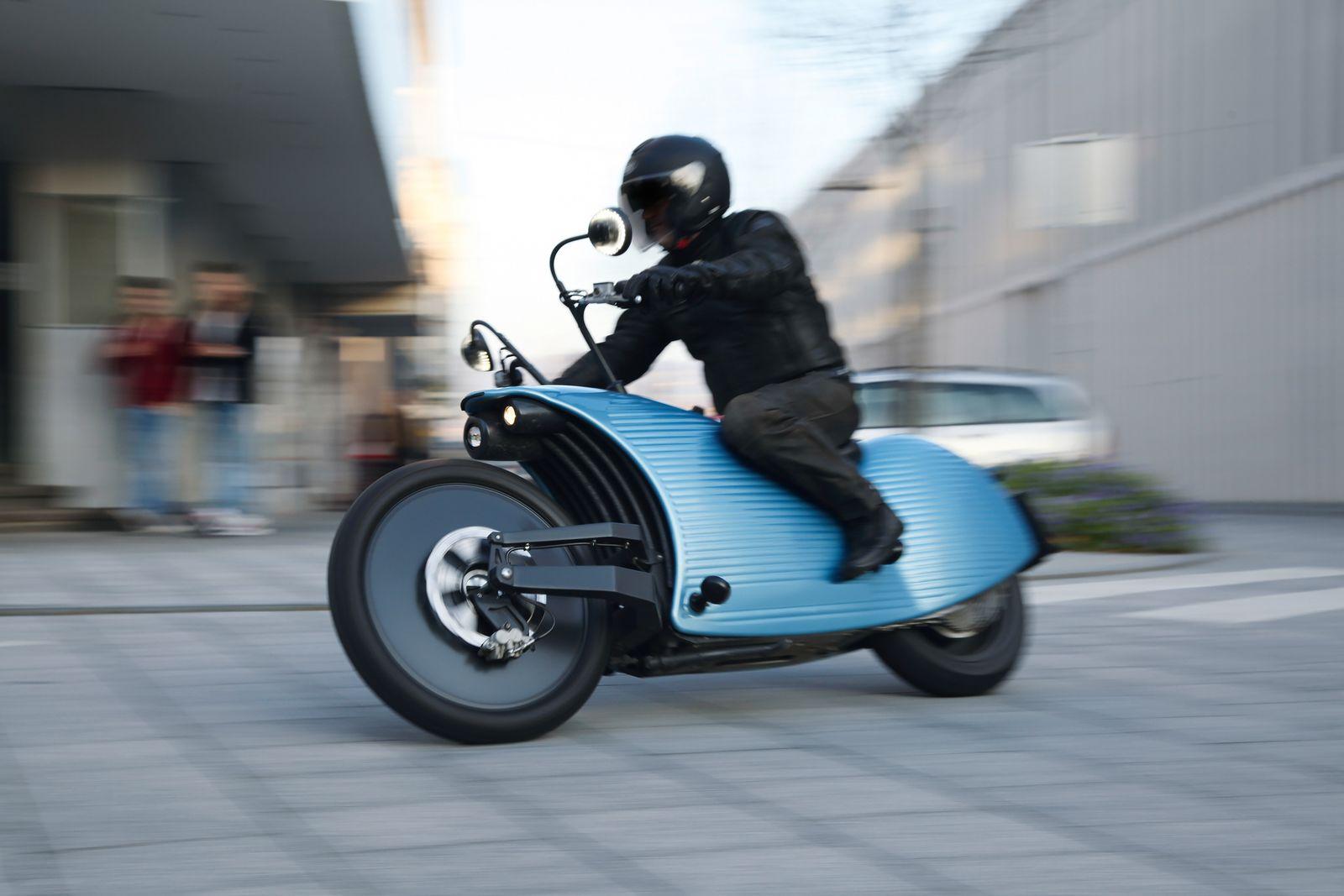 Motorrad/ Johammer J1
