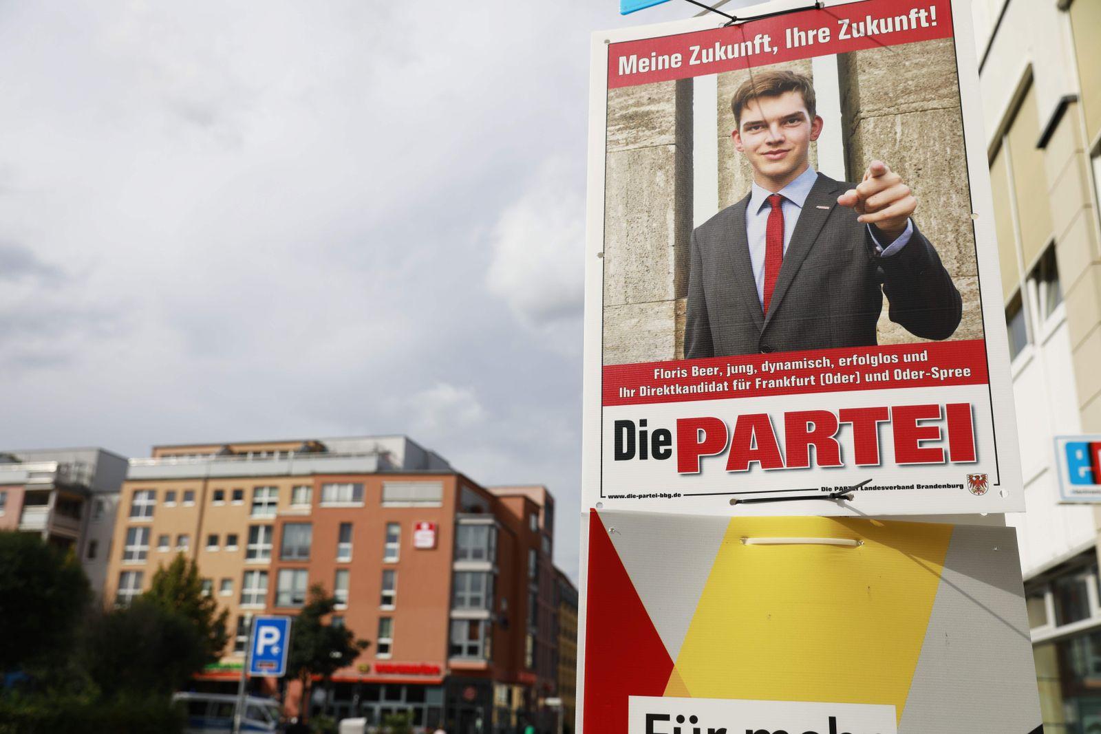 """Wahlplakat """"Die Partei"""""""