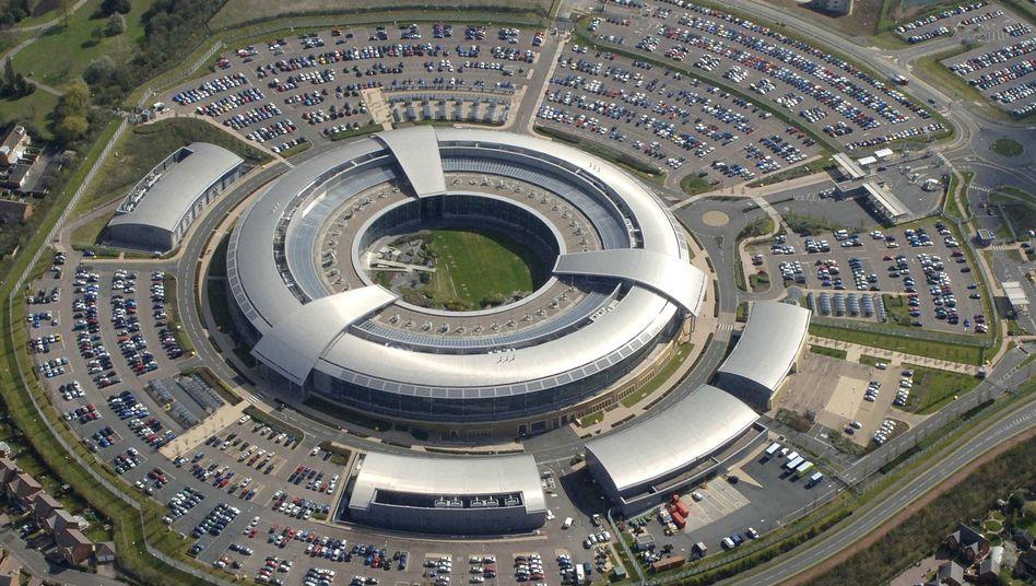 Nachrichtendienst-Zentrale in Cheltenham: Briten schneiden Internet-Verkehr mit