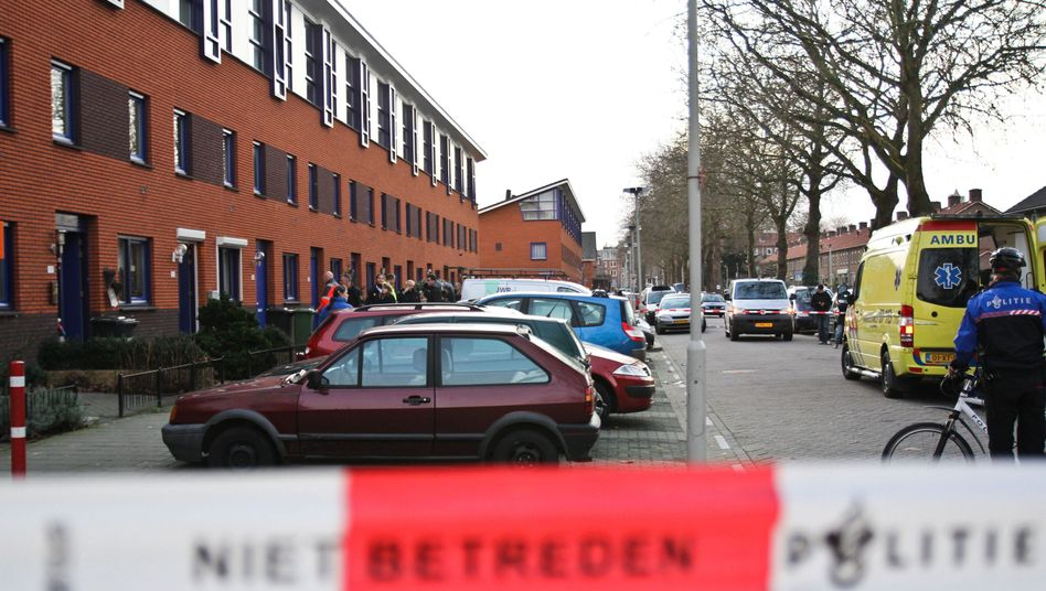 Abgesperrter Tatort in Arnheim: Höchststrafe für den jugendlichen Mörder