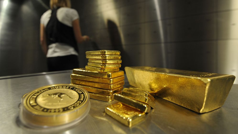 Geldanlage: Von Goldbarren bis Fußballclubs