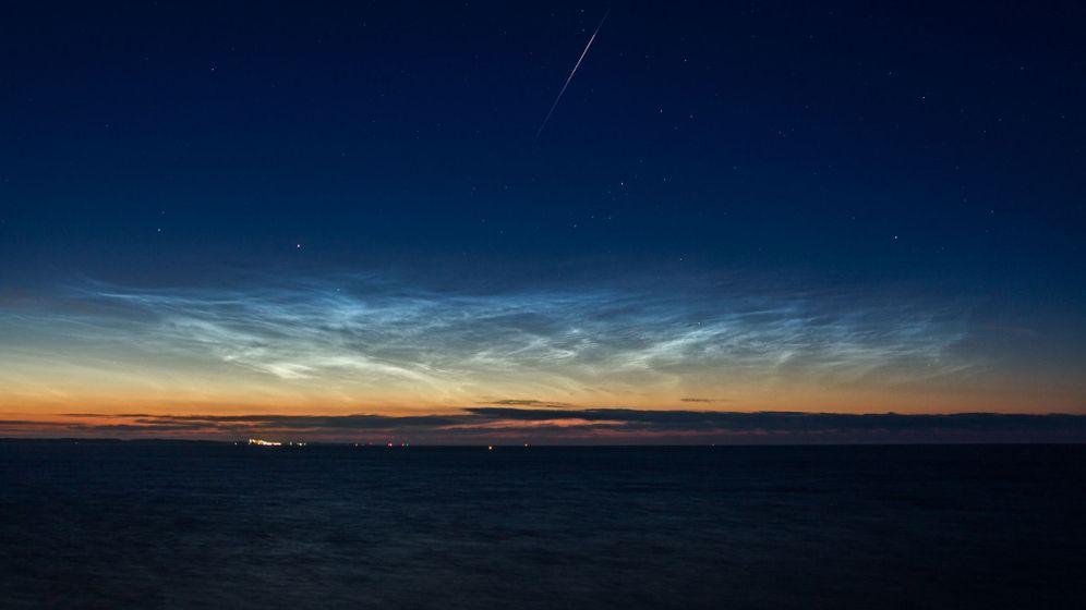 Geheimnisvolle Himmelschleier: Leuchtende Nachtwolken über Deutschland im Sommer 2013