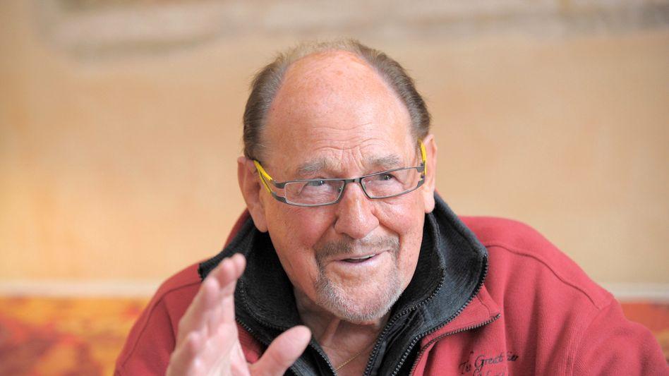 Schauspieler Köfer: Prinzipienfester Preuße, gern gut gekleidet und mit markanter sonorer Stimme