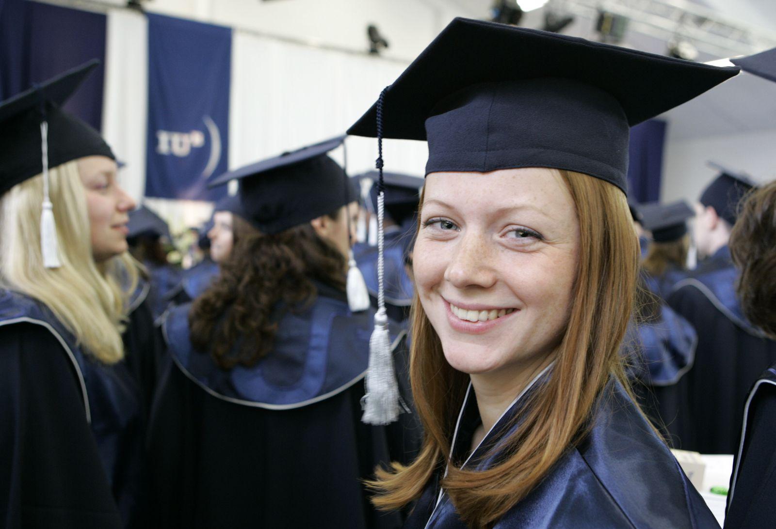 Bachelor Absolventin Absolventen Bremen Bologna