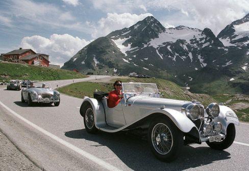 Unschwer zu erkennen: Britische Autos im Ausland (Schweiz)