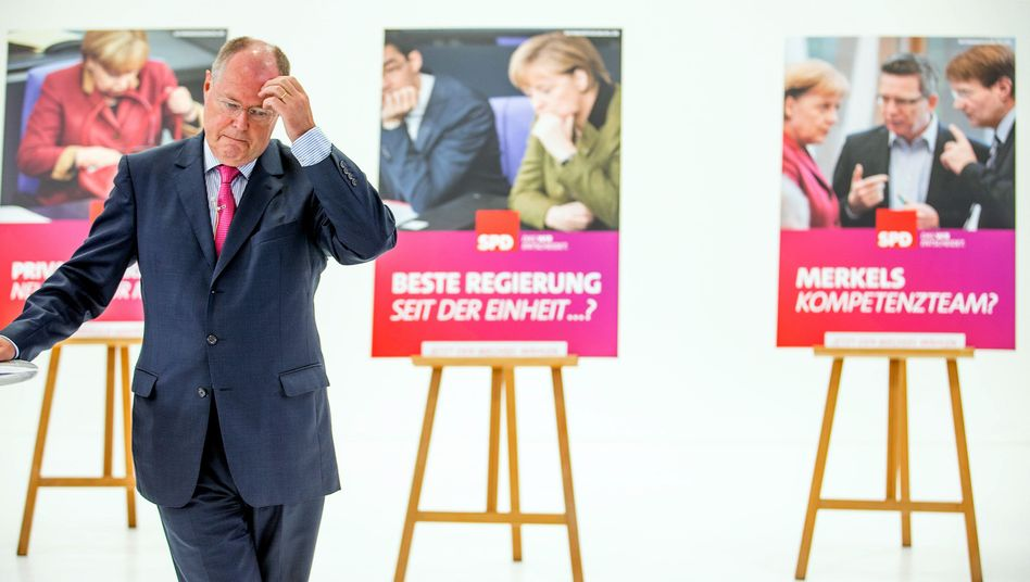 SPD chancellor candidate Peer Steinbrück is hoping that an attack campaign against Angela Merkel will boost his party's fading fortunes.
