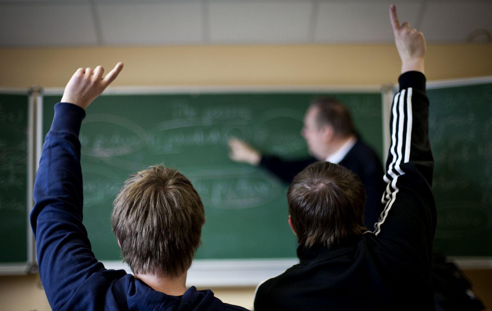 NICHT VERWENDEN Symbolbild Lehrer / Schule