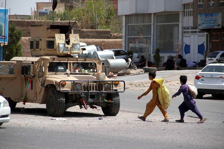 Die Kämpfe zwischen den Taliban und den afghanischen Sicherheitskräften verlagern sich immer mehr in die Städte – wie hier in Herat
