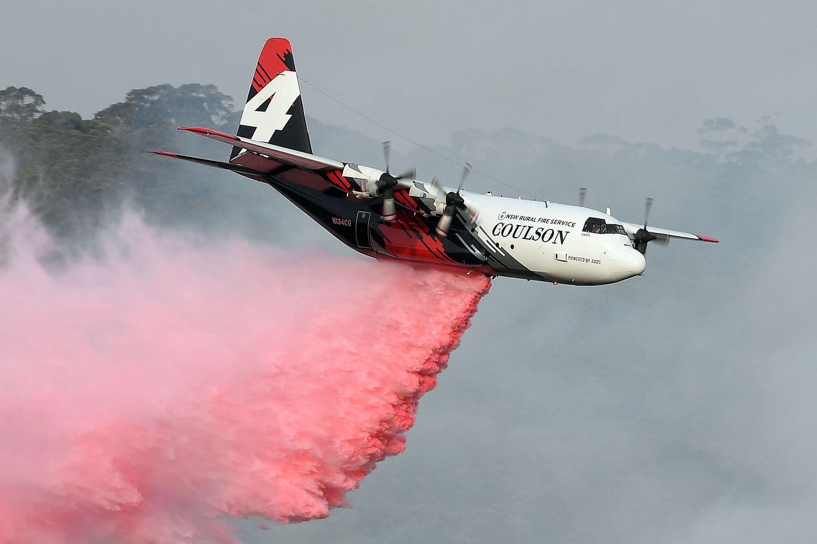 FILES-AUSTRALIA-WEATHER-FIRE-ACCIDENT