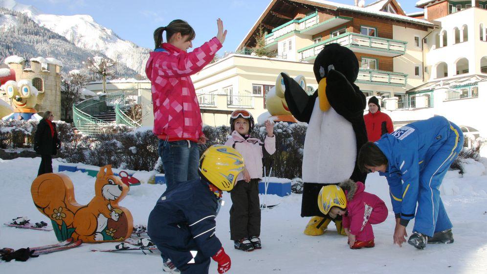 Kinderskikurse: Slalom auf dem Zauberteppich