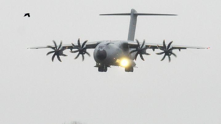 Militärtransporter A400M: Das lange Warten auf den Pannen-Airbus