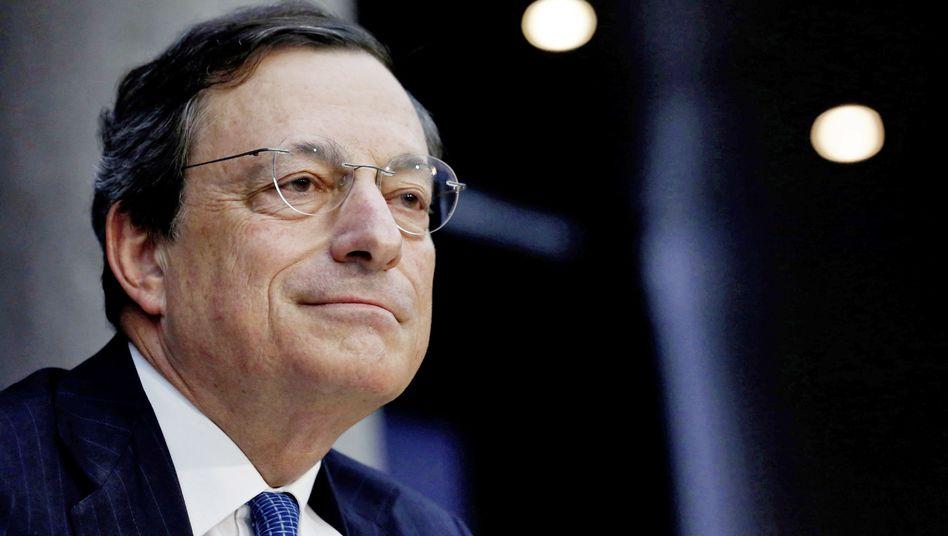 EZB-Chef Draghi: Einzelheiten zum Eingreifen am Anleihemarkt erwartet